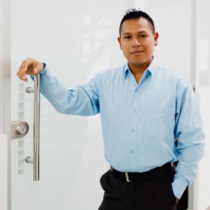 Jesús Flores